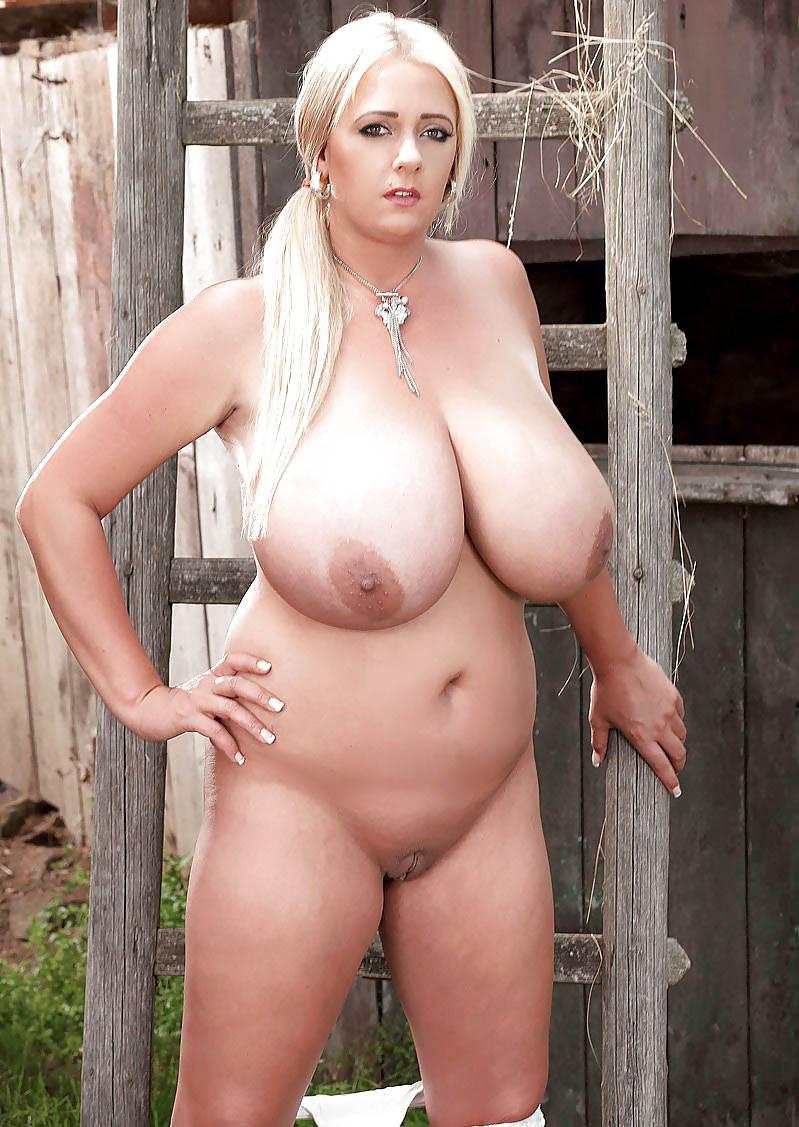комната деревенская дама с большой грудью порно получалось