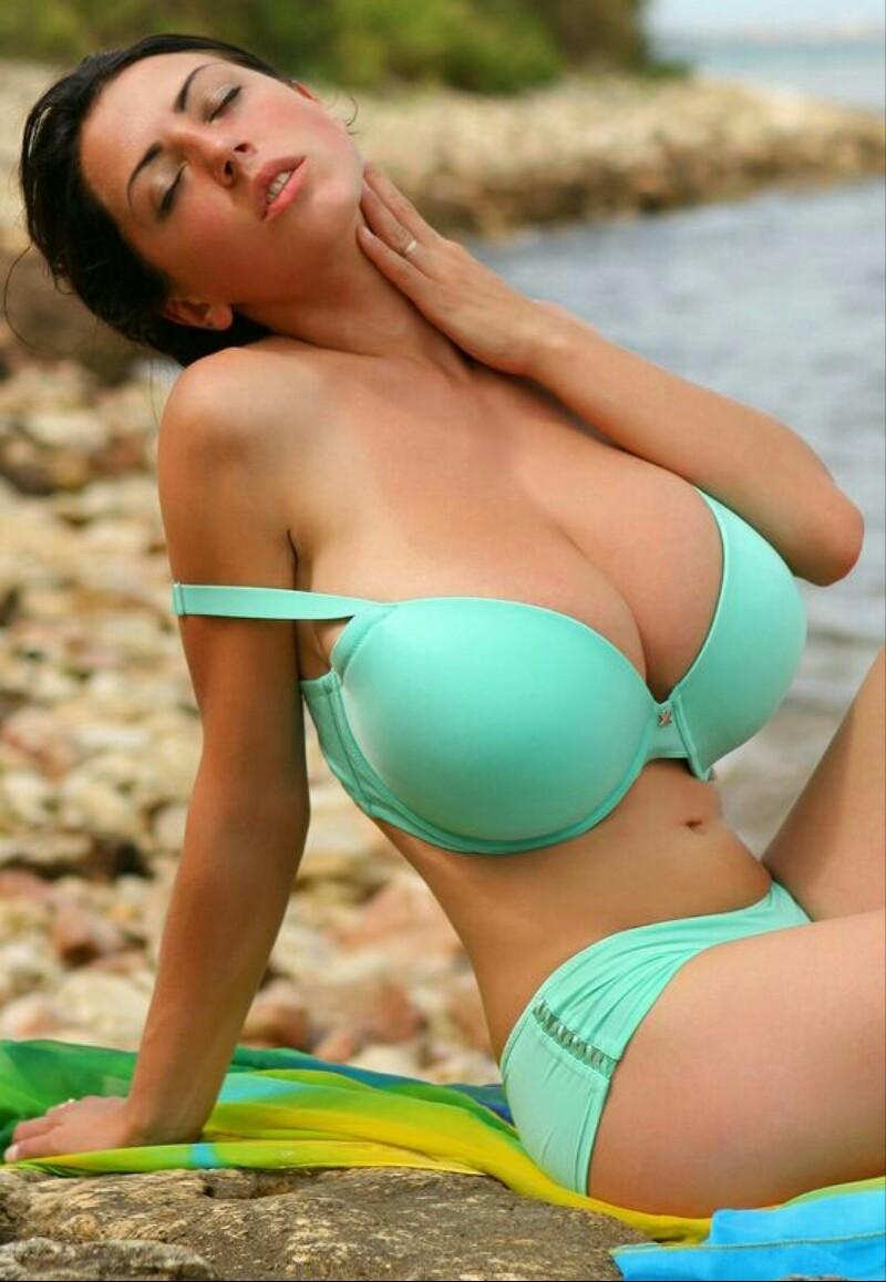 Big breasted bikini contests, xxx slid show