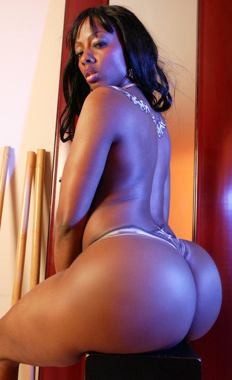 Красивые голые попки девушек на фото